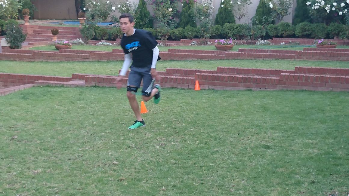 Max doing some speed work while using Myosource Kinetic Speed Bands